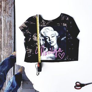 Tie-Dye Cropped Reconstructed Marilyn T-Shirt 2XL